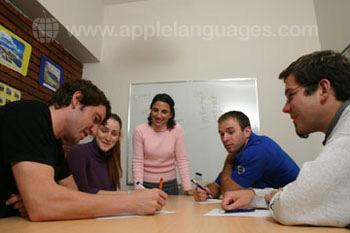 Cours d'espagnol dynamiques de notre école
