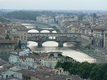Des ponts sur le fleuve Arno