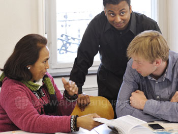 Apprendre l'allemand en groupe