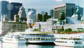 Balade en bateau sur le fleuve Saint-Laurent