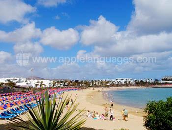 La plage à Costa Teguise