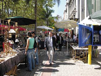 Marché de rue à Montevideo