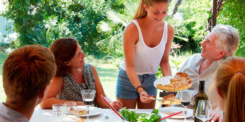 Repas avec la famille d'accueil