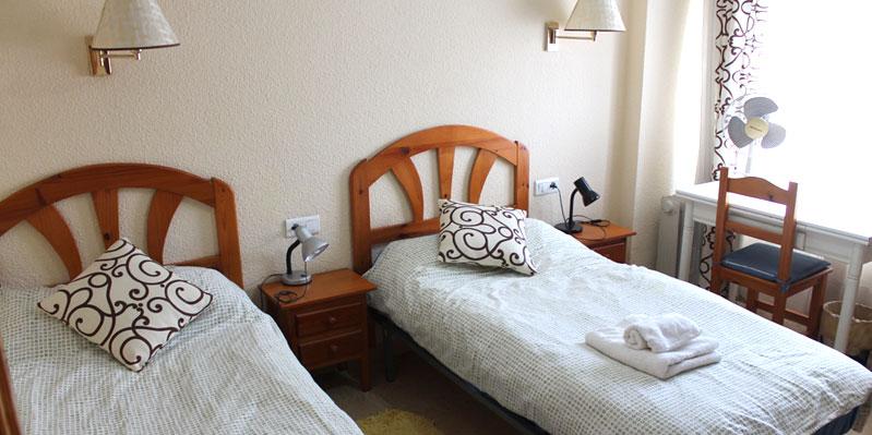 Chambre double dans les appartements de l'école