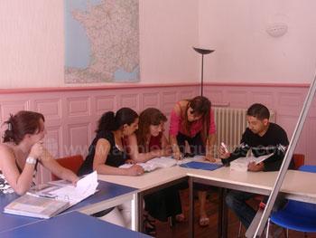 Cours de français à l'école