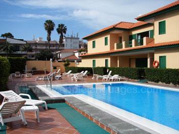 Hébergement en appartement avec piscine