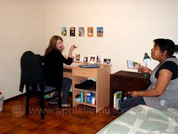 Des étudiants dans leur logement