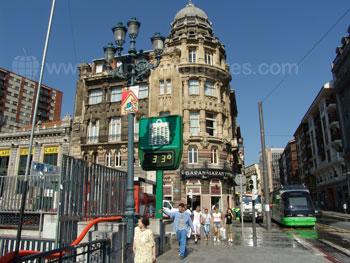 Une chaude journée d'été à Bilbao