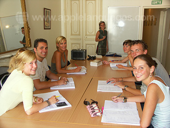 Des cours de français dans notre école