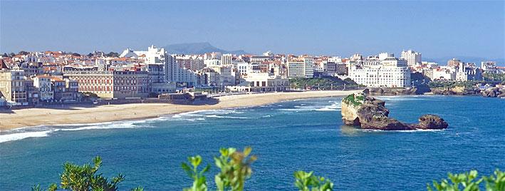 Vue sur le bord de mer de Biarritz
