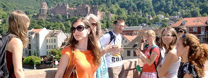 Vue du château depuis le vieux pont d'Heidelberg