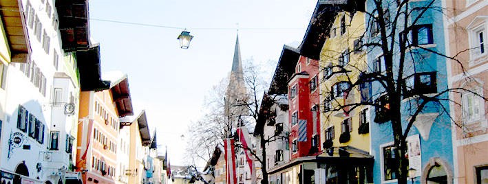 Centre-ville coloré de Kitzbühel
