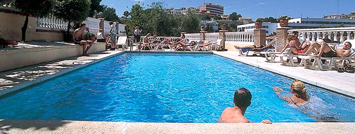 Piscine de l'école Malaga Premium