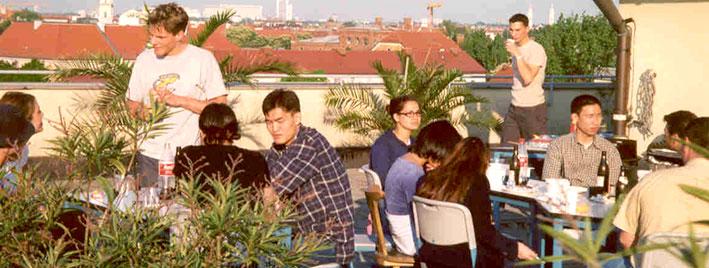 Terrasse sur le toit de notre école de langues à Munich