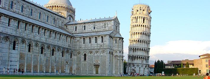 La tour de Pise, sur la place des Miracles