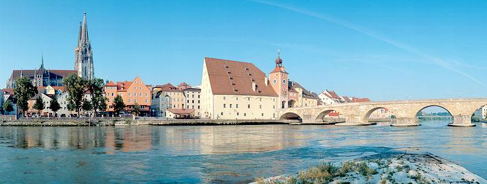 Cathédrale et pont de Ratisbonne
