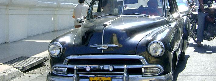 Chevrolet noire à Santiago de Cuba