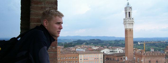 Vue sur la Piazza del Campo de Sienne