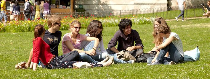 Jeunes étudiants