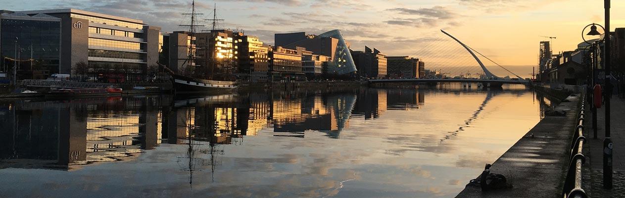 Vue de Dublin et de la Liffey