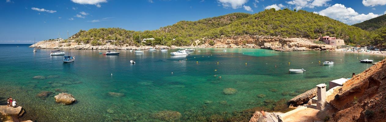Baie à Ibiza, Espagne