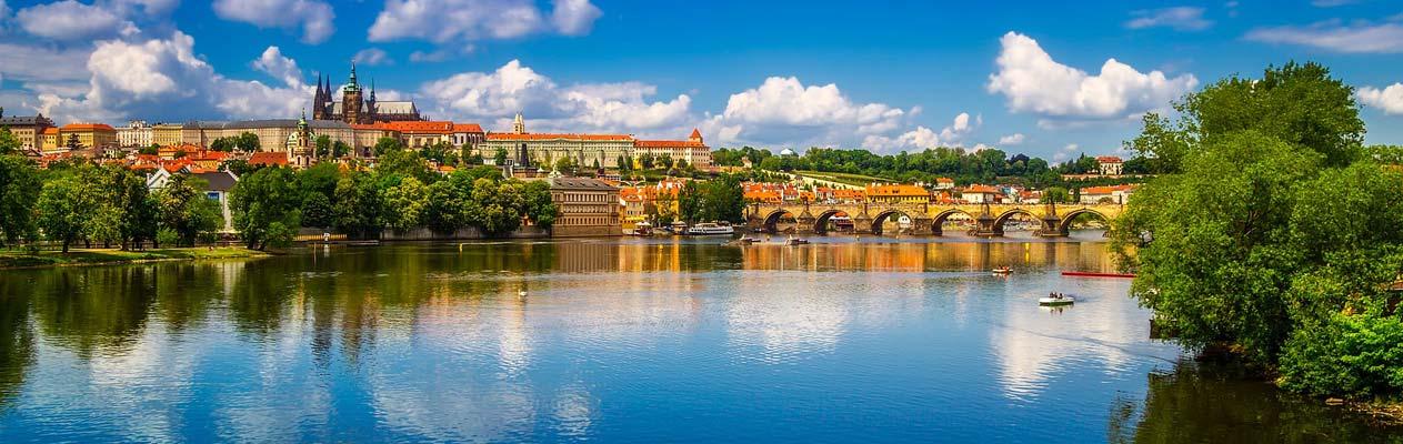 Vue de la rivière Vltava et de Prague