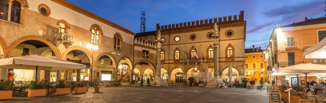 Piazza del Popolo à Ravenne, Italie
