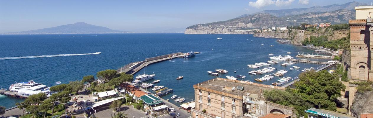 Baie de Naples à Sorrente, Italie